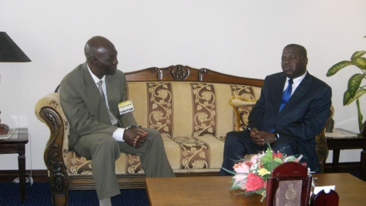 NDF Executives paying a curtesy call on the former Vice President of Ghana. Alhaji Aliu Mahama 3